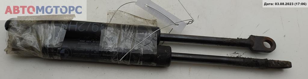 Амортизатор стекла багажника   51248190688