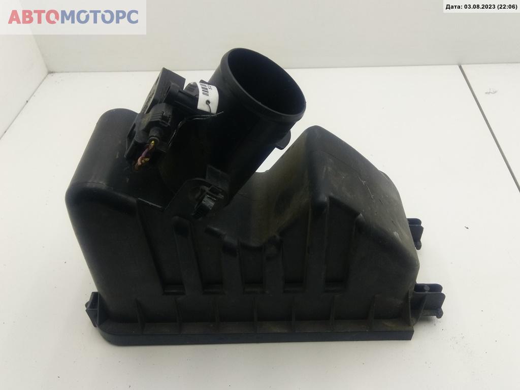 Расходомер Toyota  22204-30010 197400-2110 A