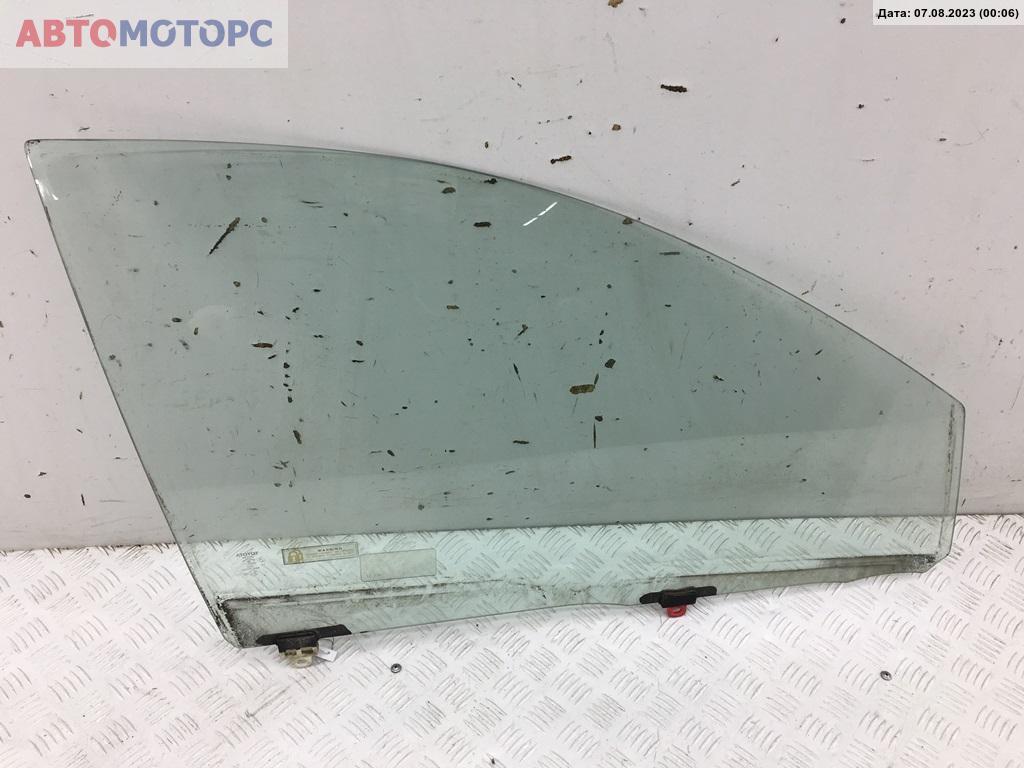 Стекло двери передней правой Toyota