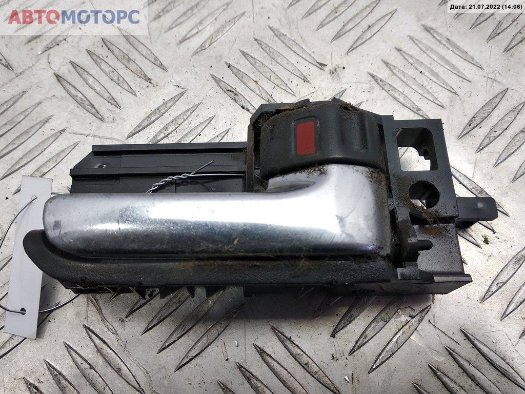 Ручка внутренняя передняя левая Toyota  69205-05040-B0