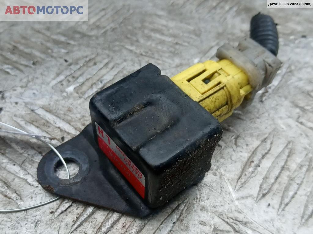 Датчик удара Toyota  89173-20080