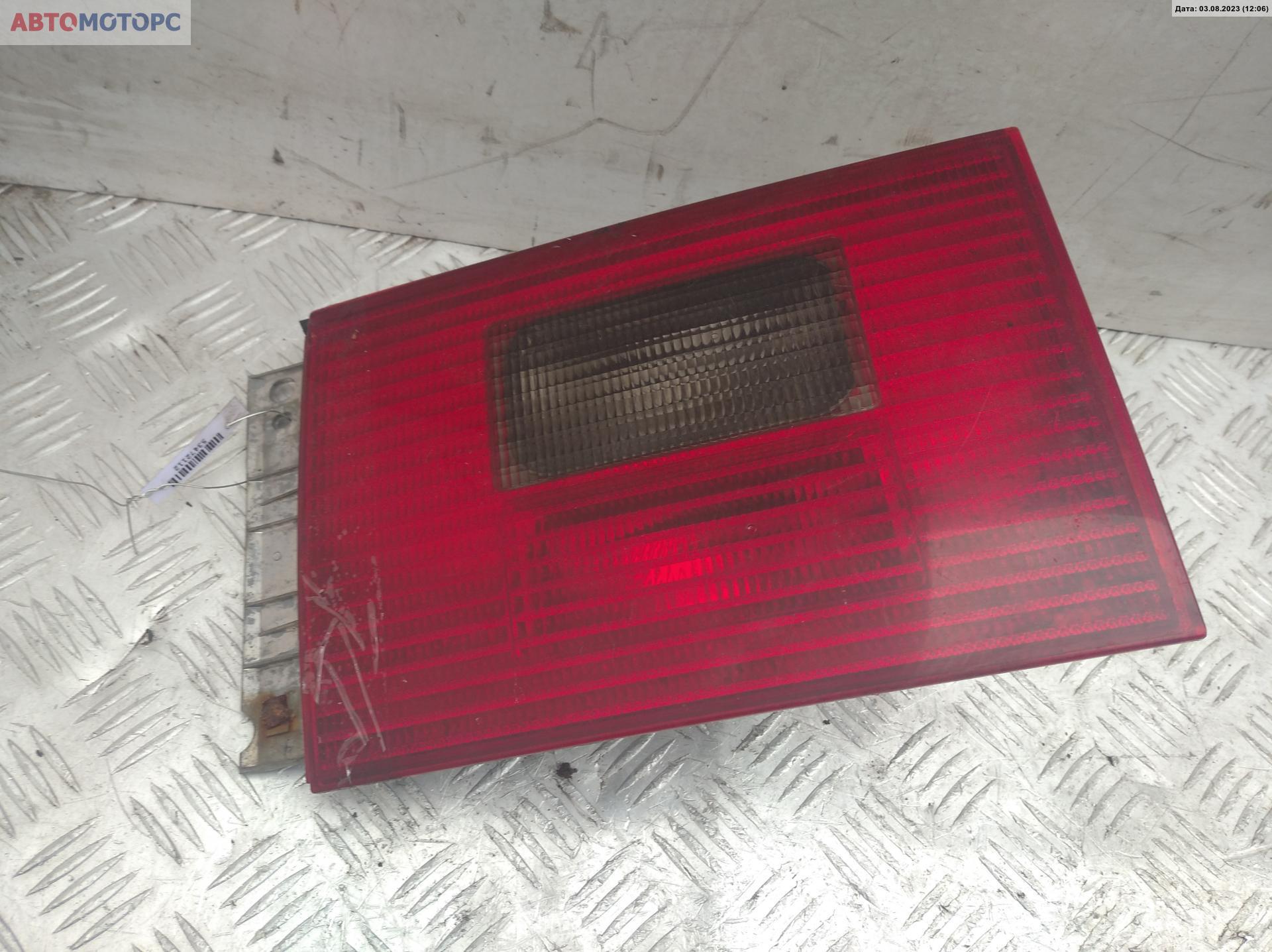 Фонарь крышки багажника правый   7M3945112A
