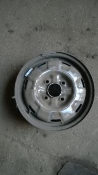Диск колесный обычный (стальной) Nissan Primera P10 (1990-1996) Артикул 1062413 - Фото #1
