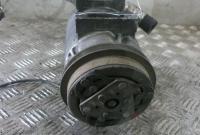 Компрессор кондиционера Audi 80 (B4) Артикул 51828113 - Фото #1