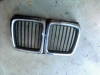 Решетка радиатора BMW 7-series (E32) Артикул 801694 - Фото #1