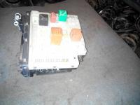 Блок предохранителей (блок реле) Ford Escort Артикул 1040185 - Фото #1