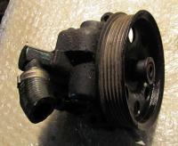 Насос гидроусилителя руля Ford Mondeo II (1996-2000) Артикул 50574346 - Фото #1