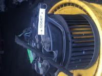 Двигатель отопителя (моторчик печки) Ford Mondeo II (1996-2000) Артикул 51561407 - Фото #1