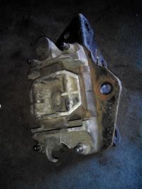 Подушка под КПП Ford Mondeo III (2000-2007) Артикул 1018553 - Фото #1