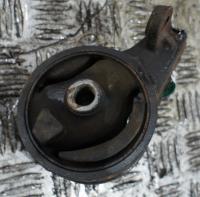 Подушка крепления двигателя Mazda 323 F Артикул 50846149 - Фото #1