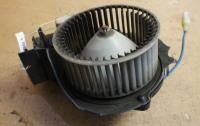 Двигатель отопителя (моторчик печки) Mazda 323 F Артикул 51626976 - Фото #1