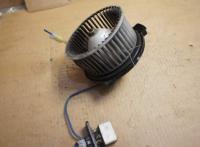 Двигатель отопителя (моторчик печки) Mazda 323 Артикул 51695318 - Фото #1