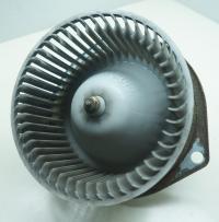 Двигатель отопителя (моторчик печки) Mazda 626 Артикул 50856976 - Фото #1