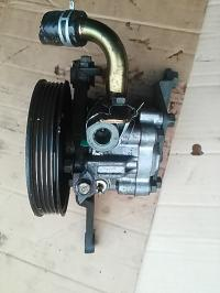 Насос гидроусилителя руля Mazda 626 Артикул 51071579 - Фото #1