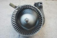 Двигатель отопителя (моторчик печки) Mazda 626 Артикул 51593427 - Фото #1