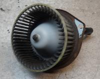 Двигатель отопителя Mazda 626 Артикул 51771727 - Фото #1