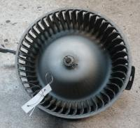 Двигатель отопителя (моторчик печки) Mazda MPV Артикул 51705512 - Фото #1