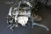 Головка блока цилиндров двигателя (ГБЦ) Mazda MPV Артикул 900042094 - Фото #1