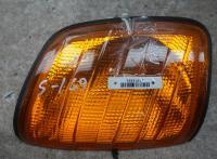 Поворотник (указатель поворота) Mercedes W124 Артикул 51073891 - Фото #1