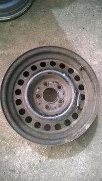 Диск колесный обычный (стальной) Mercedes W124 Артикул 51168471 - Фото #1