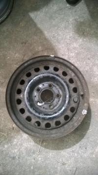 Диск колесный обычный (стальной) Mercedes W124 Артикул 51721822 - Фото #1