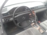 Mercedes W124 Разборочный номер L4423 #3