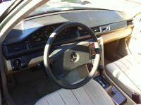 Mercedes W124 Разборочный номер 50841 #3