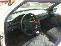 Mercedes W124 Разборочный номер L5877 #3