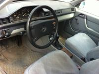 Mercedes W124 Разборочный номер Z4166 #4