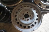 Диск колесный обычный (стальной) Mercedes W201 (190) Артикул 51043395 - Фото #1
