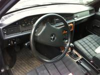 Mercedes W201 (190) Разборочный номер 49372 #3