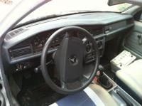 Mercedes W201 (190) Разборочный номер 52877 #3