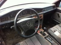 Mercedes W201 (190) Разборочный номер Z4008 #2