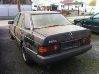 Mercedes W201 (190) Разборочный номер S0404 #1