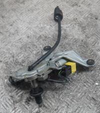 Двигатель стеклоочистителя (моторчик дворников) Mercedes W202 Артикул 50865425 - Фото #1