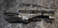 Петля (кронштейн) капота Mercedes W203 Артикул 51509076 - Фото #1
