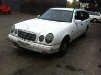 Mercedes W210 (E) Разборочный номер L5410 #1