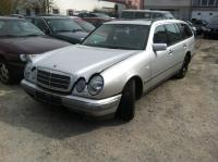Mercedes W210 (E) Разборочный номер 53498 #1