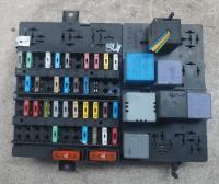 Блок предохранителей Nissan Interstar Артикул 51048454 - Фото #1