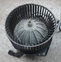 Двигатель отопителя (моторчик печки) Nissan Primera P10 (1991-1996) Артикул 51077074 - Фото #1