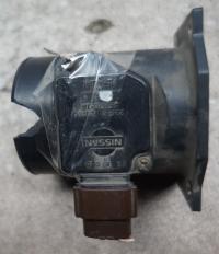 Измеритель потока воздуха Nissan Primera P11 (1996-1999) Артикул 51045928 - Фото #1