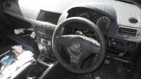 Opel Astra H Разборочный номер B2207 #3