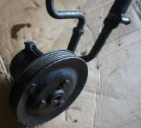 Насос гидроусилителя руля Opel Kadett Артикул 51602798 - Фото #1