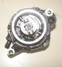 Насос вакуумный Opel Omega B Артикул 51600497 - Фото #1
