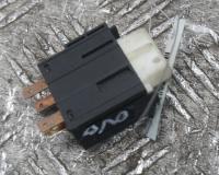 Кнопка аварийной сигнализации (аварийки) Opel Vectra B Артикул 51068009 - Фото #1