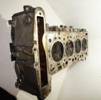 Головка блока цилиндров двигателя (ГБЦ) Opel Vectra C Артикул 50433255 - Фото #2