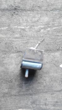 Подушка крепления двигателя Renault Espace I (1984-1991) Артикул 52483993 - Фото #1