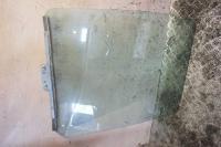 Стекло двери Renault Master Артикул 51604106 - Фото #1