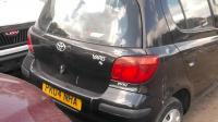 Toyota Yaris Разборочный номер B2373 #1