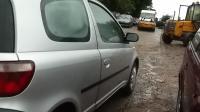 Toyota Yaris Разборочный номер W9328 #2